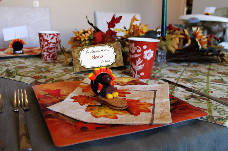 Table setting with edible turkey placecard holder