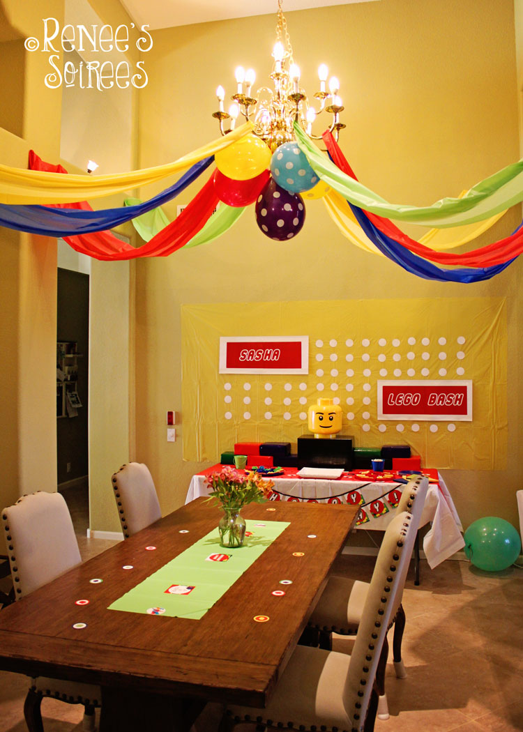 Lego-party-room