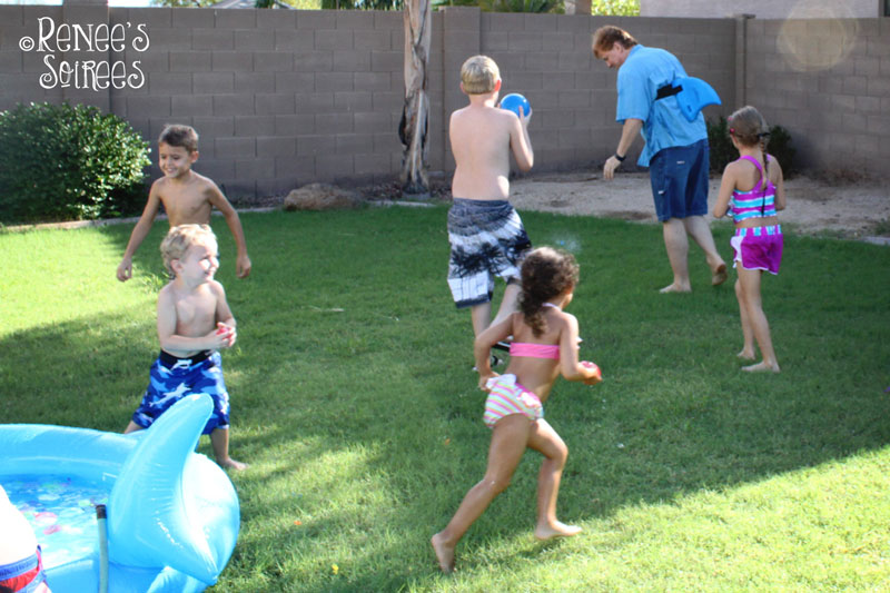shark-party-water-balloons