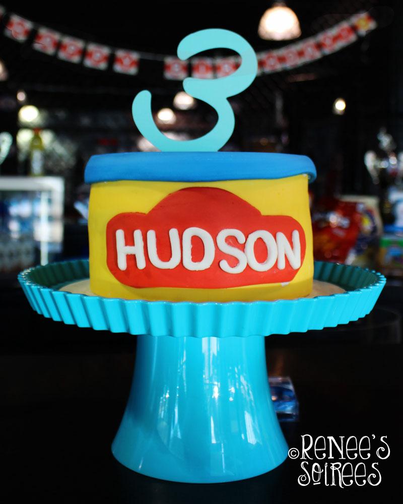 playdoh-cake