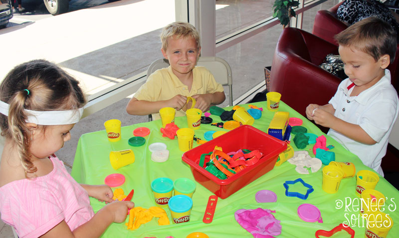 Back to School Party Playdoh
